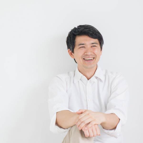 理事 岡 昇平